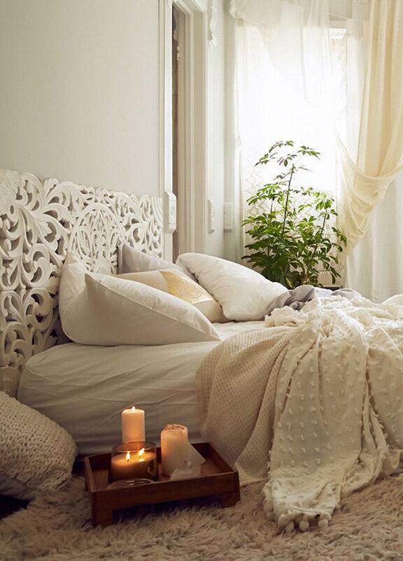 romantic-bedroom-5698338-e1621929181551-7303757