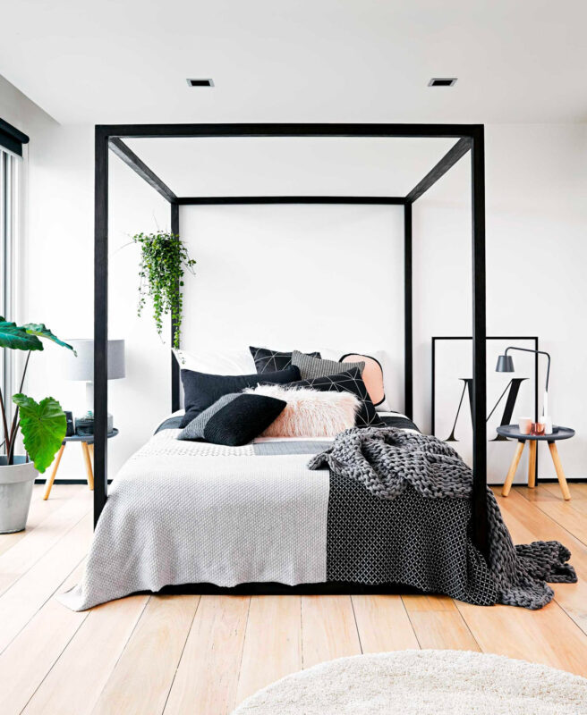 thick-frame-modern-four-poster-bed-7709123-656x800-2481598