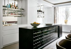 4 Tips to Create The Best Small Home Bar for Your Living Room